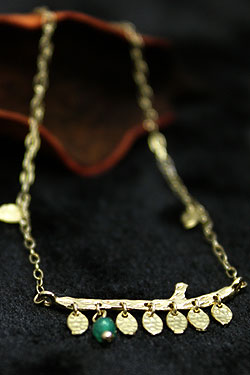 画像1: 【完全受注生産】First green Bracelet(お届け2〜3週間)